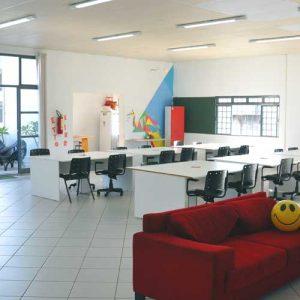 estrutura-escritorio-uberlandia-coworking-sala-comercial-reunioes-treinamentos-www.uberlandia.co-trainning-meeting-room