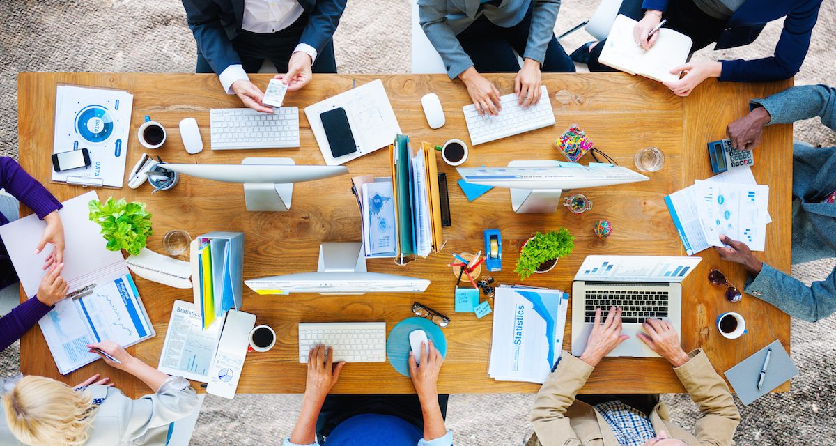 8 Ways to Build Better Engagement for Your Online Team